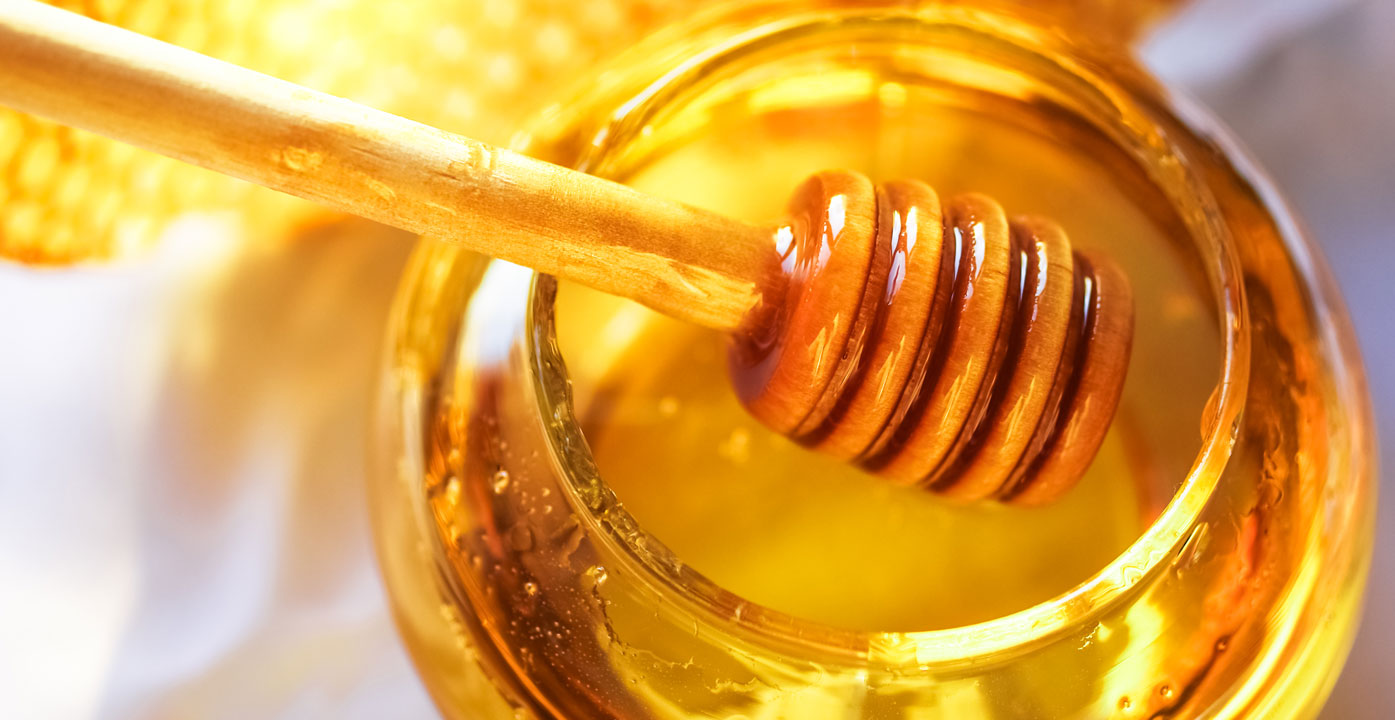 7 Reasons You Should Use Honey For Hair