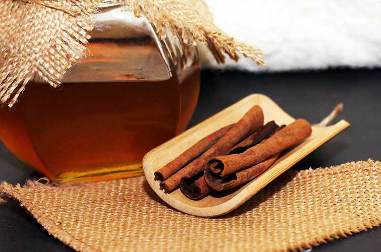 Honey and Cinnamon for Asthma