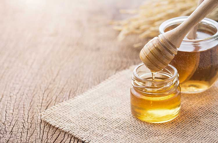 Treating Burns with Honey