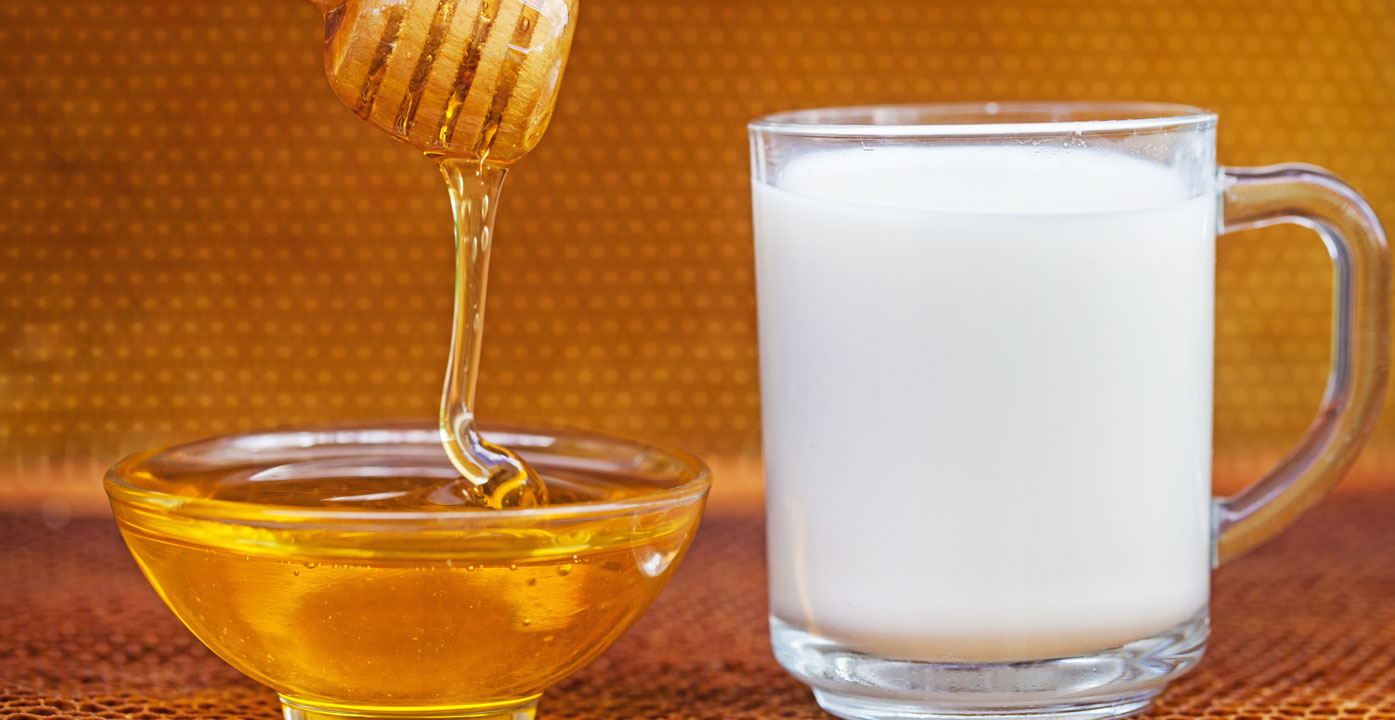 Milk and Honey 20 Benefits & Uses of Honey with Milk